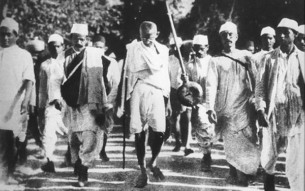 Mahatma-Gandhi-during-the-Salt-March-March-1930