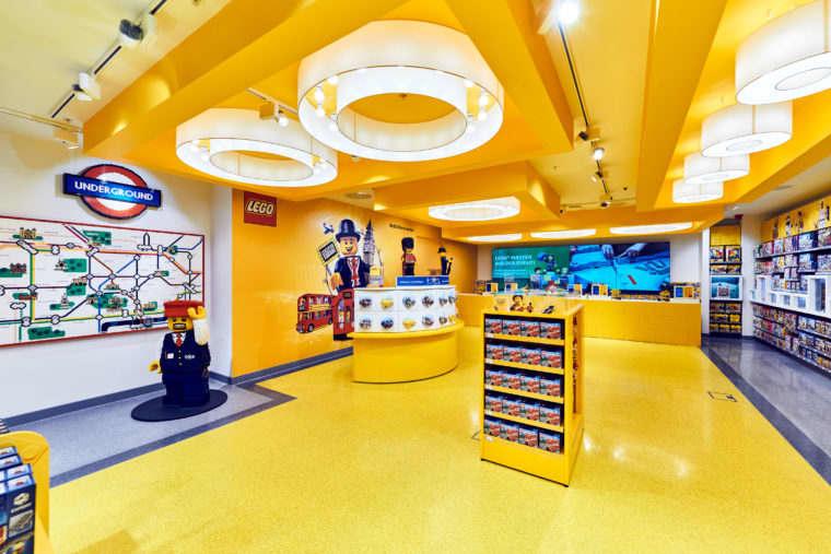 Ground-Floor-Interior-2-LEGO-Store-London-EMBARGO-17.11.16-Copyright-LEGO-760x507